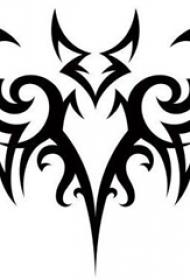 黑色线条素描创意霸气老鹰纹身手稿