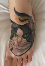 女生脚背上彩绘水彩素描创意可爱猫咪纹身图片