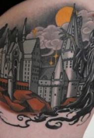 女生大腿上彩绘几何简单线条建筑纹身图片