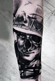 多款黑灰素描点刺技巧创意经典霸气战争元素纹身图案
