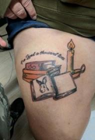 纹身书籍 男生大腿上蜡烛和书籍纹身图片