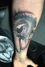 眼睛纹身 男生手臂上的眼睛纹身图片
