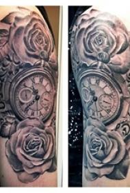 玫瑰纹身钟表 男生手臂上玫瑰纹身钟表图片