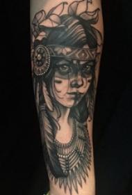 女生人物纹身图案 男生手臂上黑色纹身女生人物纹身图案