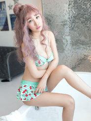 爆乳模特美女美盺Yumi比基尼诱惑高清图集