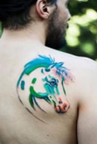 水墨艺术肩部纹身