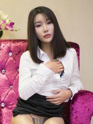 成人美女梓诺Bee白衬衫诱惑图片 衬衫美女写真图片
