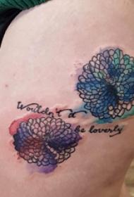 文艺花朵纹身 女生大腿上文艺花朵纹身图片
