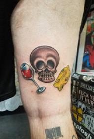 大腿纹身男 男生大腿上食物和骷髅纹身图片