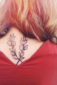 颈部纹身设计 女生颈部黑色的植物纹身图片