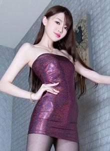 亚洲美女Joanna修长美腿丝袜性感撩人写真