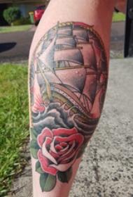 纹身小帆船  男生小腿上帆船和花朵纹身图片