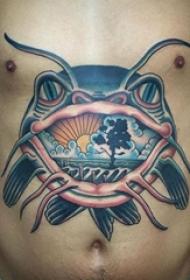 腹部纹身 男生腹部风景和鲶鱼纹身图片