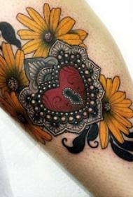 心形纹身图片 多款简单线条纹身心形经典纹身图案