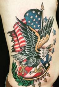 美国国旗纹身  男生侧腰上老鹰和美国国旗纹身图片