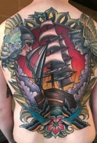 纹身小帆船  男生背上帆船和人物纹身图片