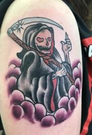 死神镰刀纹身图案   女生大臂上死神镰刀纹身图片