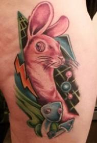 垂耳兔子纹身 女生大腿上蘑菇和兔子纹身图片