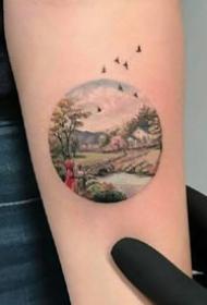 圆形风景纹身--几张几何圆形+风景纹身图案作品