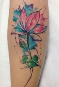 出淤泥而不染寓意的彩色莲花纹身图案