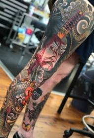 传统风格的一组大花腿纹身图案作品欣赏