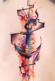 迷人的后背部4张水彩色纹身图案欣赏