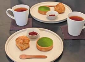下午茶加上甜品一起的完美组合