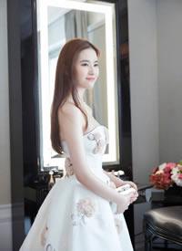 有一种天仙美叫刘亦菲穿礼服长裙图片欣赏
