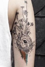 黑灰色的一组小兔子纹身作品图片9张