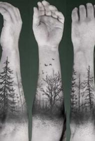 环绕在手臂上的森林树木等臂环手环纹身图案