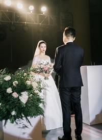 一组浪漫的幸福婚礼跟拍图片