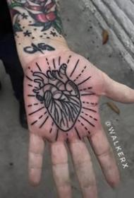 纹在手掌心里的个性黑灰纹身推荐
