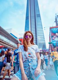 陈语安炫酷光影写真图片