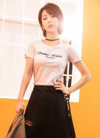 杨紫清新靓丽时尚写真图片欣赏