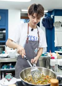 王俊凯《中餐厅第二季》收官剧照图片