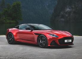 红色Aston Martin DBS Superleggera 图片