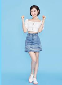 李子璇清新甜美活动写真图片