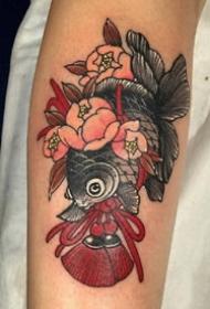 传统的一组红色小日式纹身图片作品