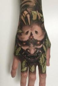 霸气的一组暗黑满手背纹身作品赏析