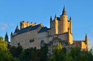 西班牙塞哥维亚城堡图片_12张