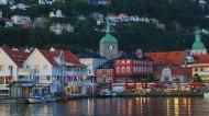 挪威卑尔根夜景图片_20张