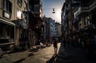 欧洲小城的一处街道图片_12张