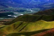新疆喀拉峻草原风景图片_17张