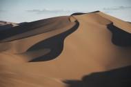新疆库木塔格沙漠风景图片_14张