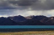 西藏拉昂错湖风景图片_14张