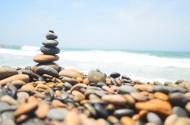 水边的鹅卵石图片_14张