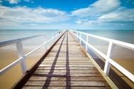 平静的码头风景图片_12张