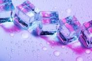 彩色的冰块图片_15张