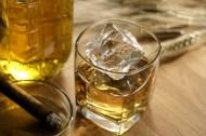 酒和酒杯图片_45张