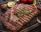 美味的烤肉图片_8张